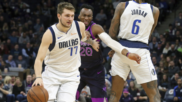Luka Doncic's game-winning three, clutch baskets leads Dallas past Minnesota (VIDEO)