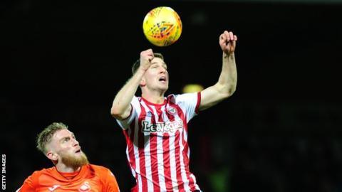 Bournemouth in advanced talks for defender Mepham