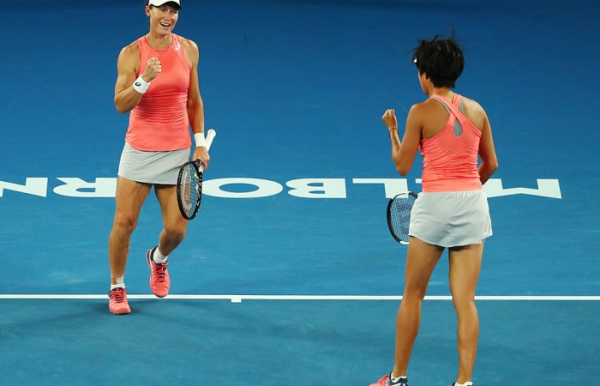 Stosur, Zhang win through to Australian Open final