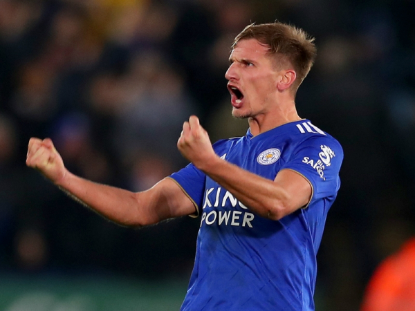 Albrighton commits future to Leicester by signing until 2022