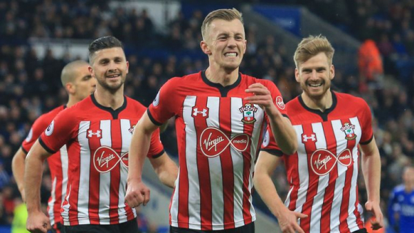 Saints sting Foxes despite 10 men