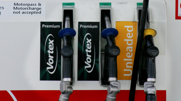 Fuelwatch advises Perth drivers to top up to avoid petrol price hike