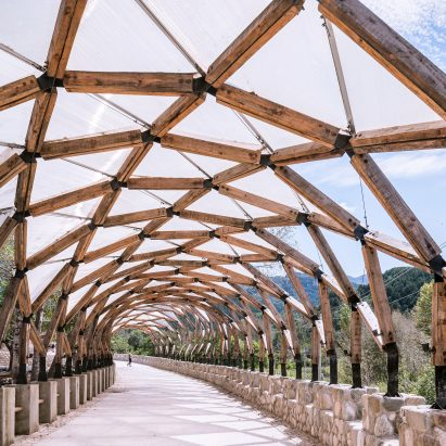 LUO Studio reuses wood salvaged from traditional houses to create Luotuowan Pergola