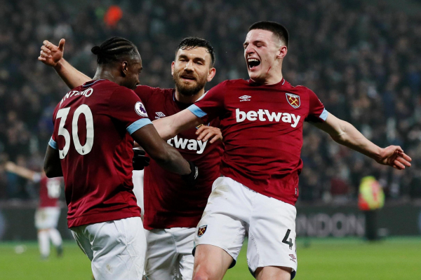 West Ham star Declan Rice wants to make central midfield role his own as England coaches watch on