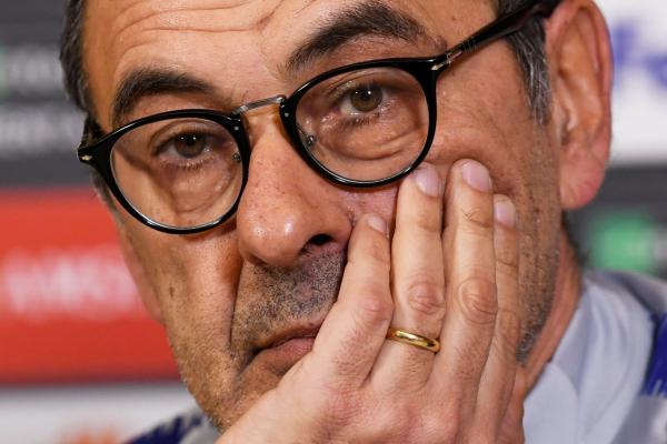 Napoli president aims jibe at Maurizio Sarri over Chelsea sack rumours