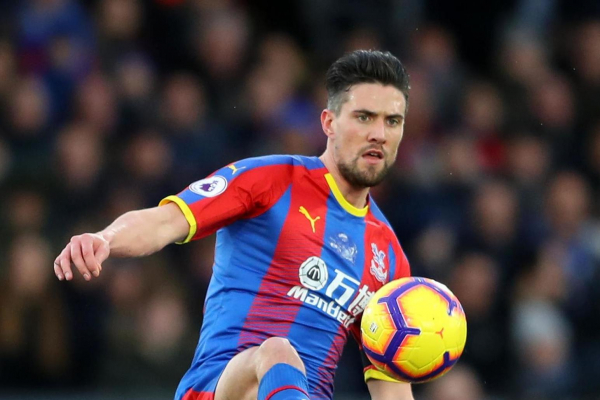 Crystal Palace defender Martin Kelly signs new deal until 2021