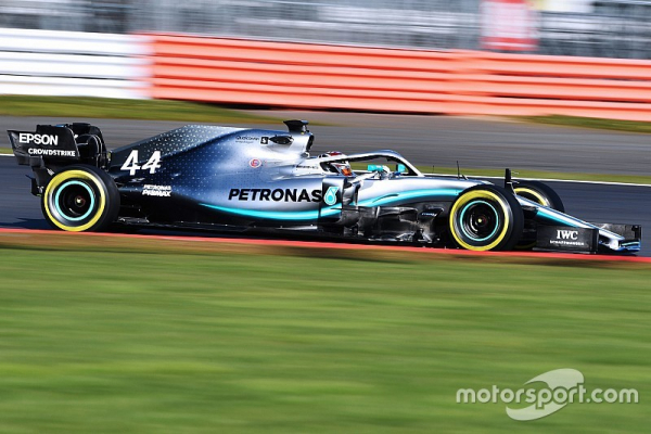 "Hamilton: ""First date"" with new Mercedes W10 ""one of the best"""