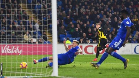 Deulofeu scores hat-trick as Watford thump Cardiff