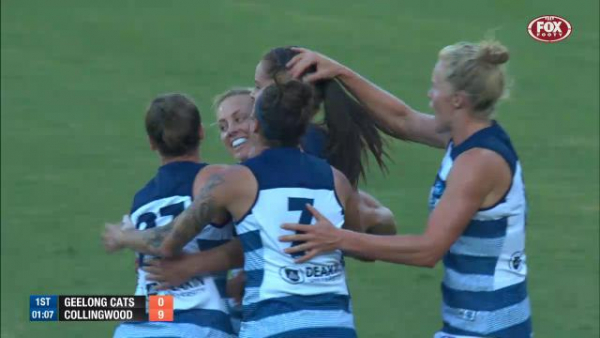 AFLW 2019: Geelong's No.1 draft pick Nina Morrison ruptures ACL at training session