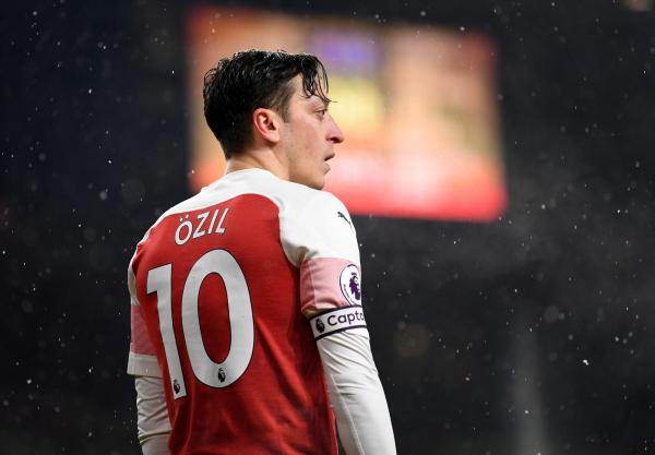 Unai Emery warns Mesut Ozil his Arsenal future depends on him shaking illness and injury problems