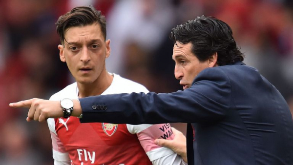 Emery wants to see consistency from Ozil