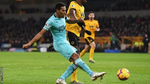 Wolves salvage last-gasp point as Boly goal denies Newcastle