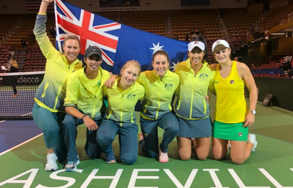 Australia defeats US to reach Fed Cup semifinals