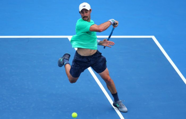 Thompson reaches second round in Delray Beach