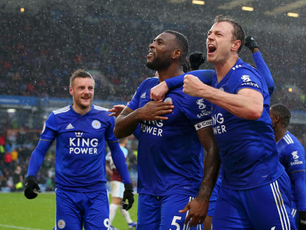 Wes Morgans late winner sees 10-man Leicester past Burnley after Harry Maguire red