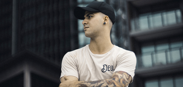 """Alec Bonnici delivers intense bass house record """"Warning"""""""