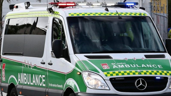Emergency Services respond to five-car crash on Kwinana Freeway
