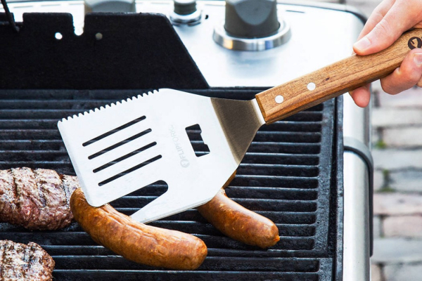 Here's a multitool spatula for the multipurpose chef