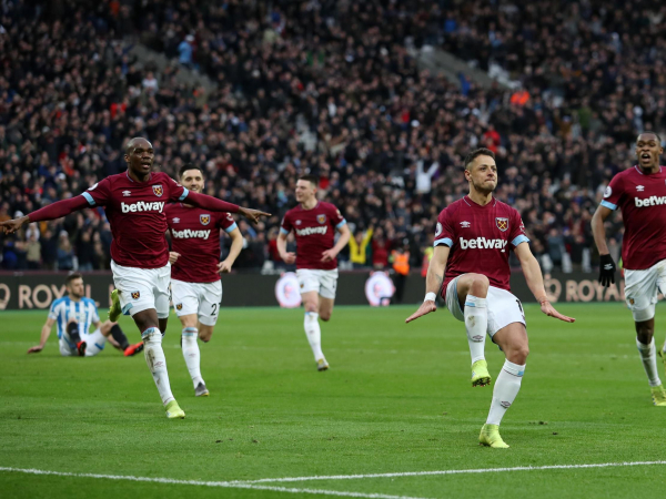 West Ham vs Huddersfield result: Javier Hernandez hits stoppage-time winner in seven-goal thriller