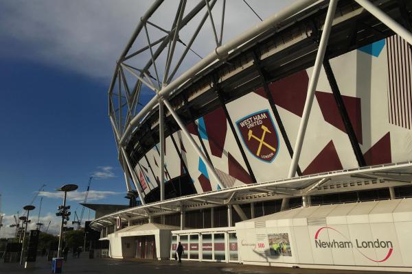 West Ham vs Huddersfield LIVE: Premier League commentary stream, TV channel, team news, line-ups, score prediction