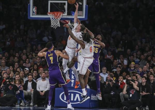 Mario Hezonja Blocks LeBron James' Shot, Giving Knicks Stunning Comeback Win Over Lakers