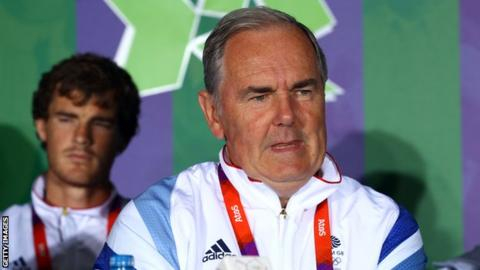 Former GB Davis Cup captain Hutchins dies