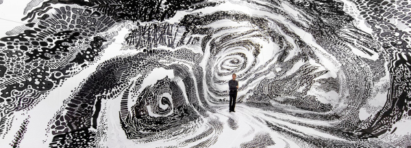 oscar oiwa paints hypnotic 'BLACK & LIGHT' mural within an inflatable dome