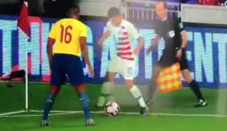 Video: Incoming Chelsea signing Christian Pulisic destroys Manchester United ace during international clash