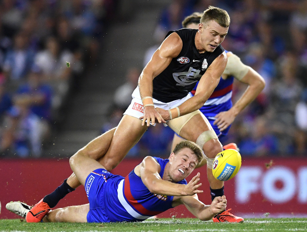 AFL Round 5: Eddie rises to occasion as Crows, Carlton salute