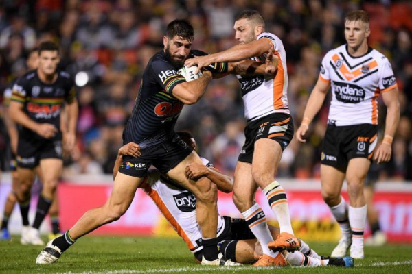 Panthers pip Tigers in NRL golden point, Warriors triumph over Titans