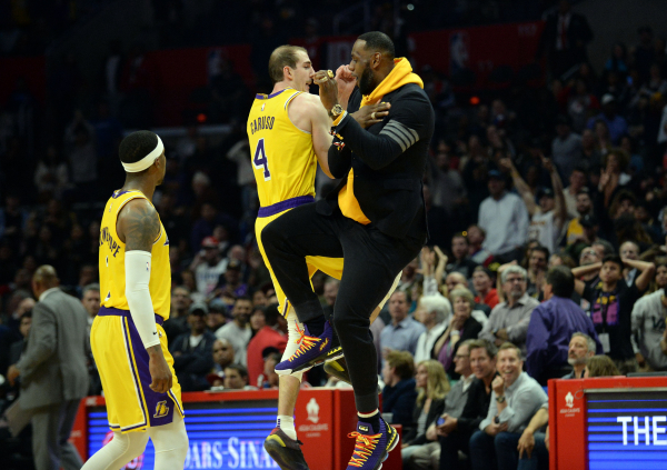 567f2d24ba12 Why Alex Caruso deserves a spot on the Lakers  roster next season