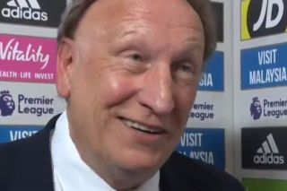 Video: Neil Warnock accuses Liverpool's Mohamed Salah of diving for penalty vs Cardiff