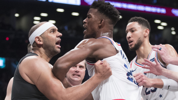Everyone's hero is dad who pulls son away from Nets/76ers fracas (VIDEO)