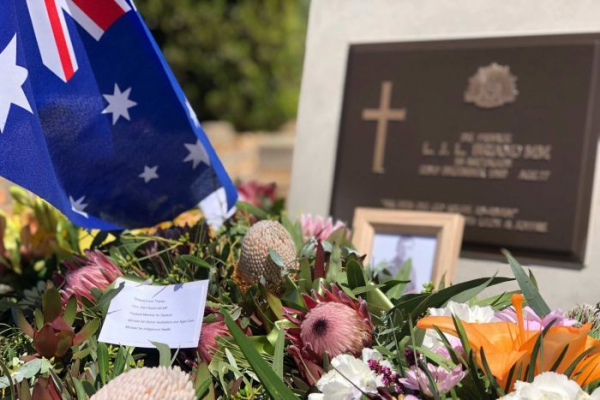 Gallipoli soldier buried in pauper's grave given military send-off after 50 years