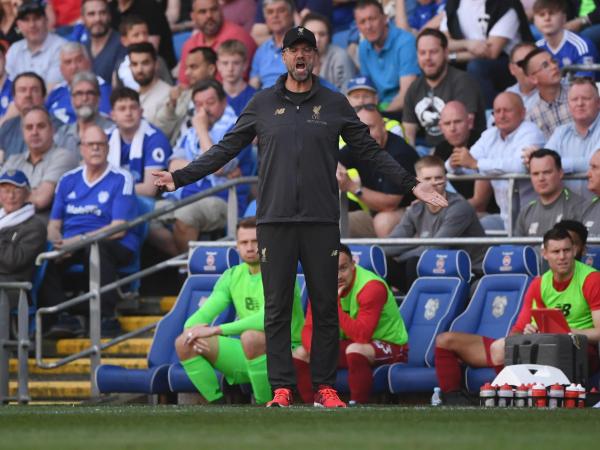 Cardiff vs Liverpool: Jurgen Klopp critical of pitch after Reds reclaim top spot