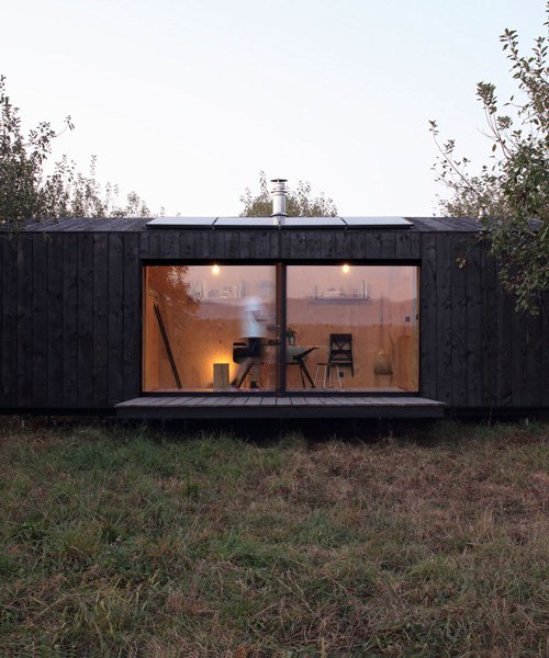A6A constructs self-contained 20 sqm prefab cabin in southwest france