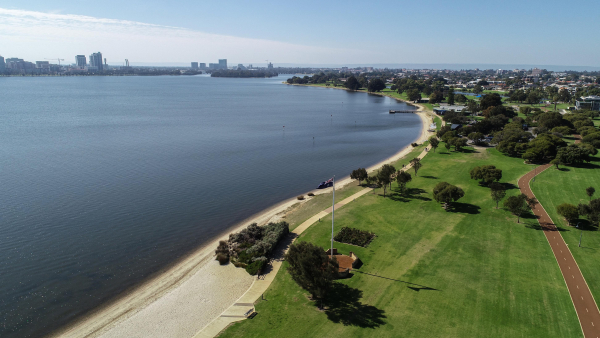 City of South Perth to consider bringing in paid parking along foreshore