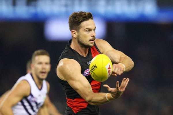 Key defender re-signs for Bombers