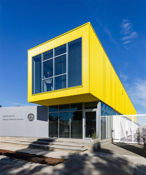 dua arquitectos tops sustainable laboratories with container-like volume in argentina