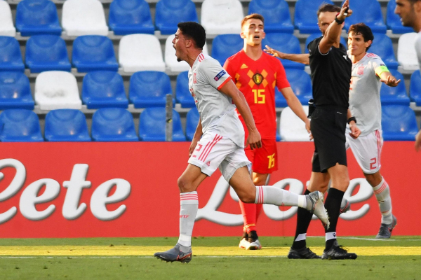 Pablo Fornals: West Ham signing scores wonder goal as Spain beat Belgium at Under-21 Euros