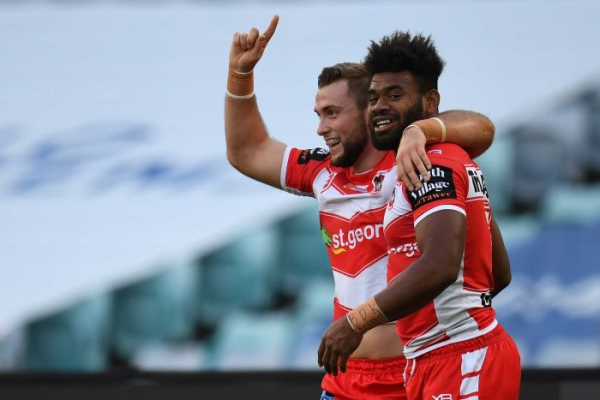 Dragons hammer Bulldogs to break NRL losing streak