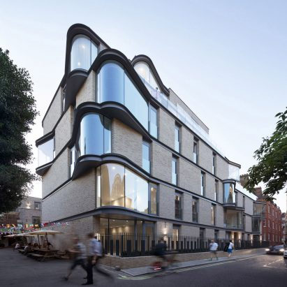 DROO creates London apartment block with dramatic curved window bays