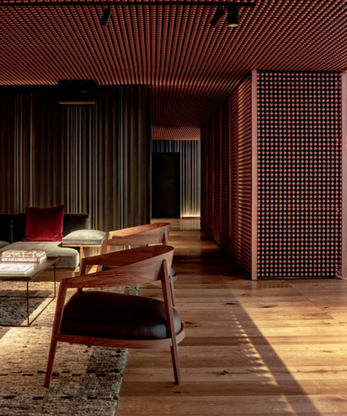 SIR victor hotel in barcelona: an interview with baranowitz kronenberg