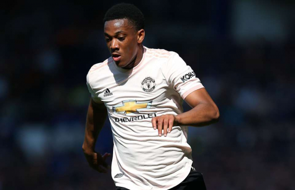 West Ham want Anthony Martial from Man Utd in exchange for Issa Diop
