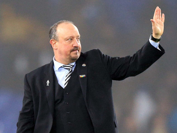 In the divorce of Newcastle owner Mike Ashley and Rafa Benitez, theres no question who gets the fans