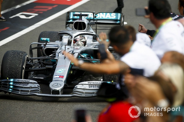 French GP: Hamilton leads processional Mercedes 1-2