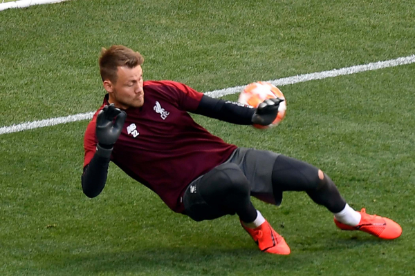 Crystal Palace eye £8m Simon Mignolet transfer