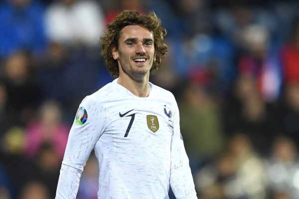 Manchester United ready to smash transfer record with £95m move for Antoine Griezmann