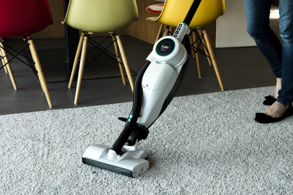 Former Dyson experts collaborated to create the best cordless vacuum cleaner