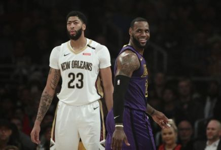 Pelicans Trade Davis To Lakers
